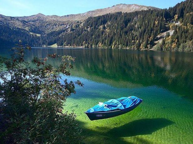 Αποτέλεσμα εικόνας για λίμνη Βαϊκάλη